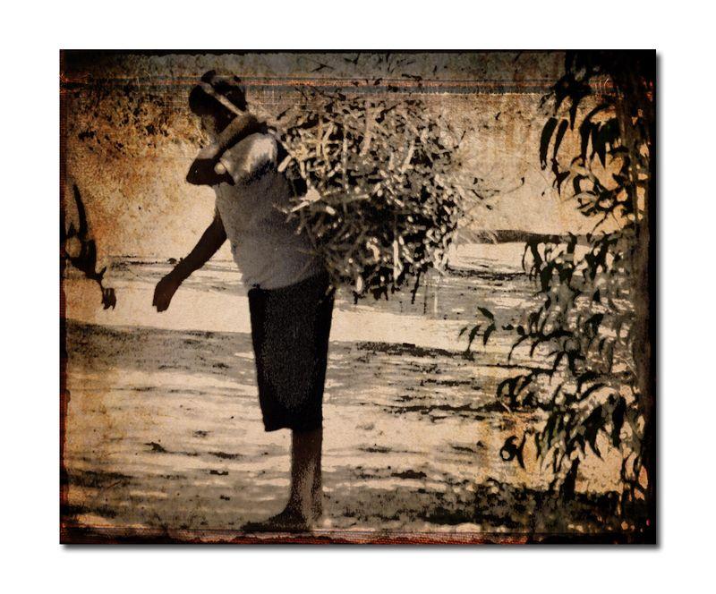 Kenyawomanwood